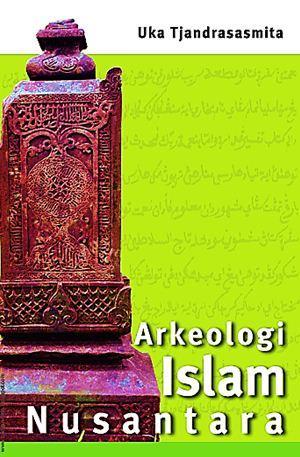 Arkeologi Islam Nusantara Sampul Buku